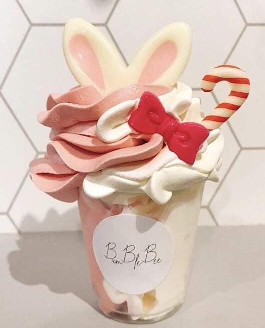 新網紅商品「花朵冰淇淋」夢幻度破表 「加上兔耳」還能更可愛!