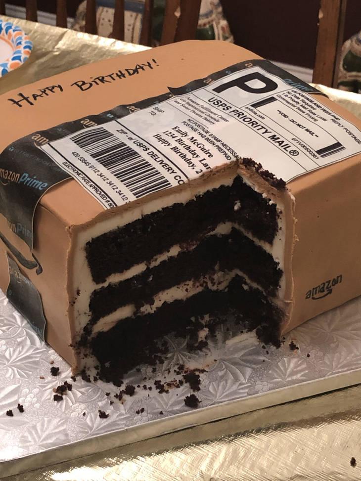 老婆太愛網購!他秘密準備「驚喜生日包裹」卻拆不了 網看到「流口水真相」笑翻
