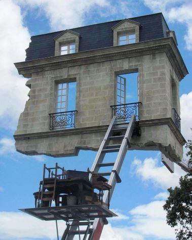 20個讓你懷疑「世界已被外星人佔領」的錯覺裝置藝術 通往「天堂的樓梯」你敢走嗎?