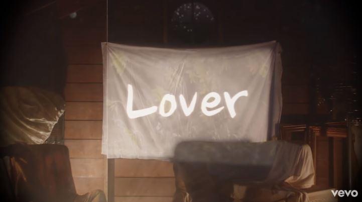 天后回歸!泰勒絲新專輯《Lover》放閃無極限 歌詞「隔空示愛」預購量超狂