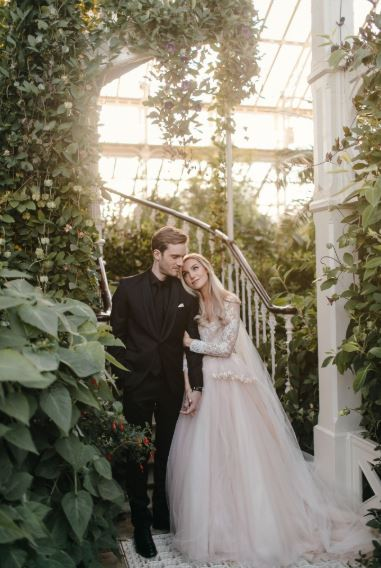 「全球第一YouTuber」PewDiePie結婚了!8年女友「粉絲→正宮」網暴動:一定要幸福❤