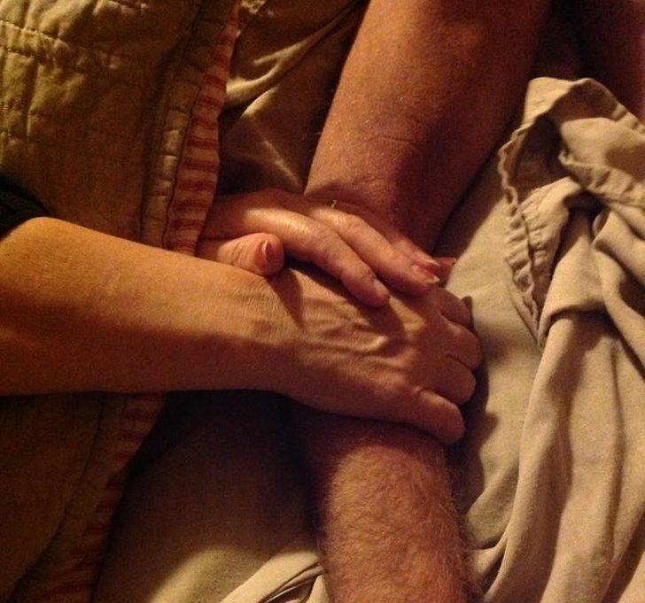 23張讓你「又有勇氣愛下去」的超暖心照片 他離世後才發現的「時間暫停」太心碎QQ