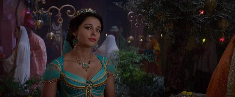 影/阿拉丁未播片段曝光!全新歌曲〈Desert Moon〉茉莉公主畫面超唯美 粉絲嘆:居然沒在正片裡