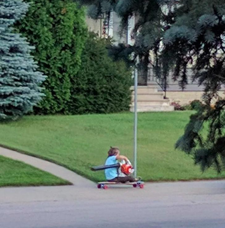 20位「長大後絕對能成為大人物」的創意屁孩 他在陽台打造「露天泳池」鄰居傻眼!