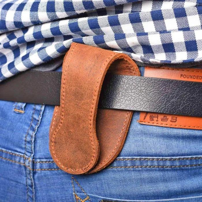 國外大推女生必買的「防身零錢包」 攤開秒變「擊狼棒」網讚:旅行必備!