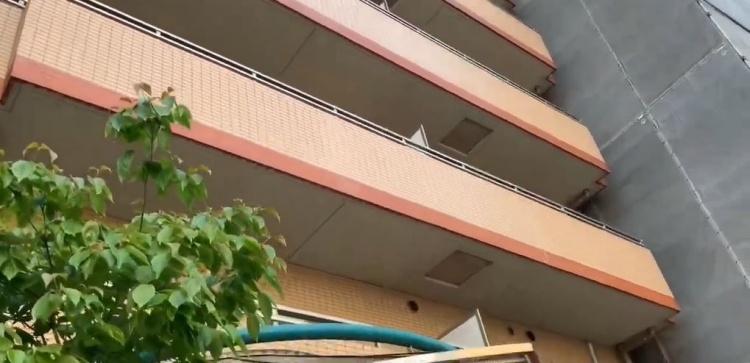 日本房子為什麼要有「陽台小方格」?原來是用來「關鍵時刻救命」 巧思背後真相太聰明