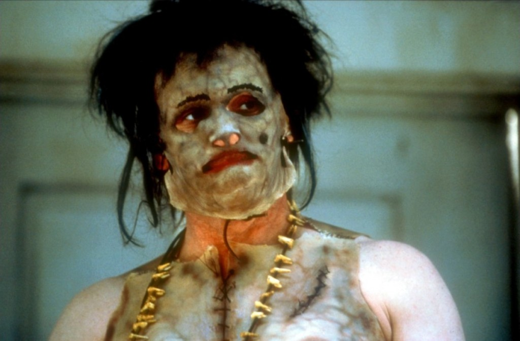 5位歷史上「驚悚到被翻拍成電影」的極惡魔頭 一場大火才讓散落的肢體曝光!