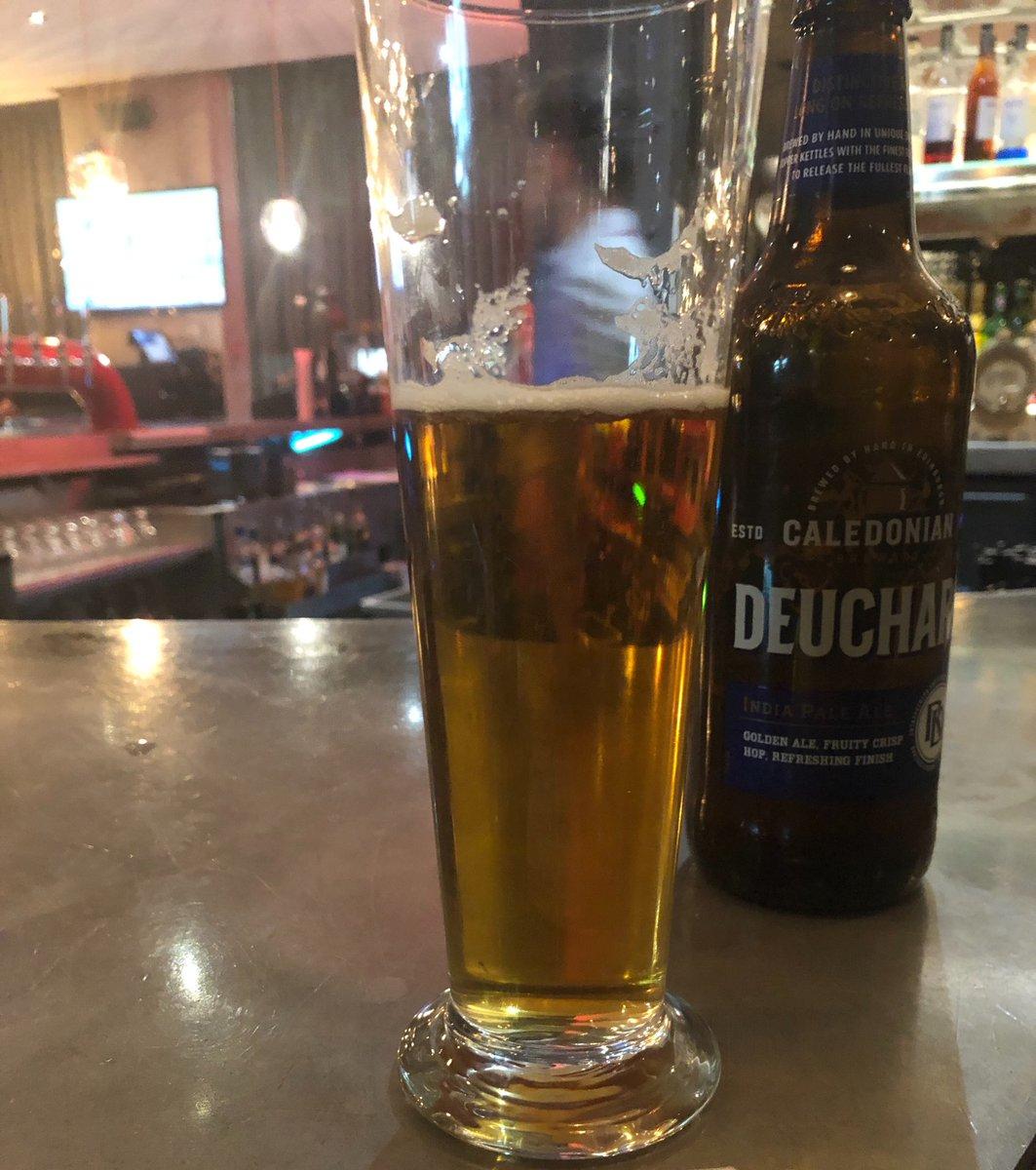 住飯店買啤酒竟被刷「212萬天價」 店員「被抓包」傻笑:會處理好
