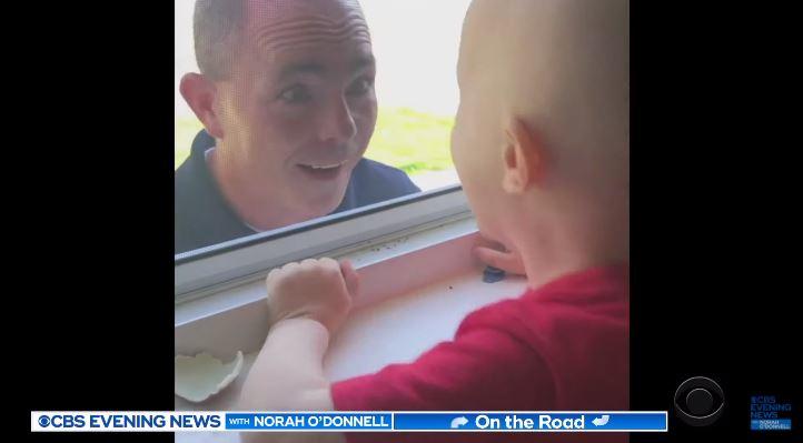 影/3歲腦癌男童被迫禁足…鄰居心疼決定「在窗外表演」逗他開心 超華麗演出感動全網!