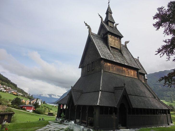 15個「不小心就惹毛人」的各國沒禮貌事 問挪威人「一起去教堂」就是地雷!
