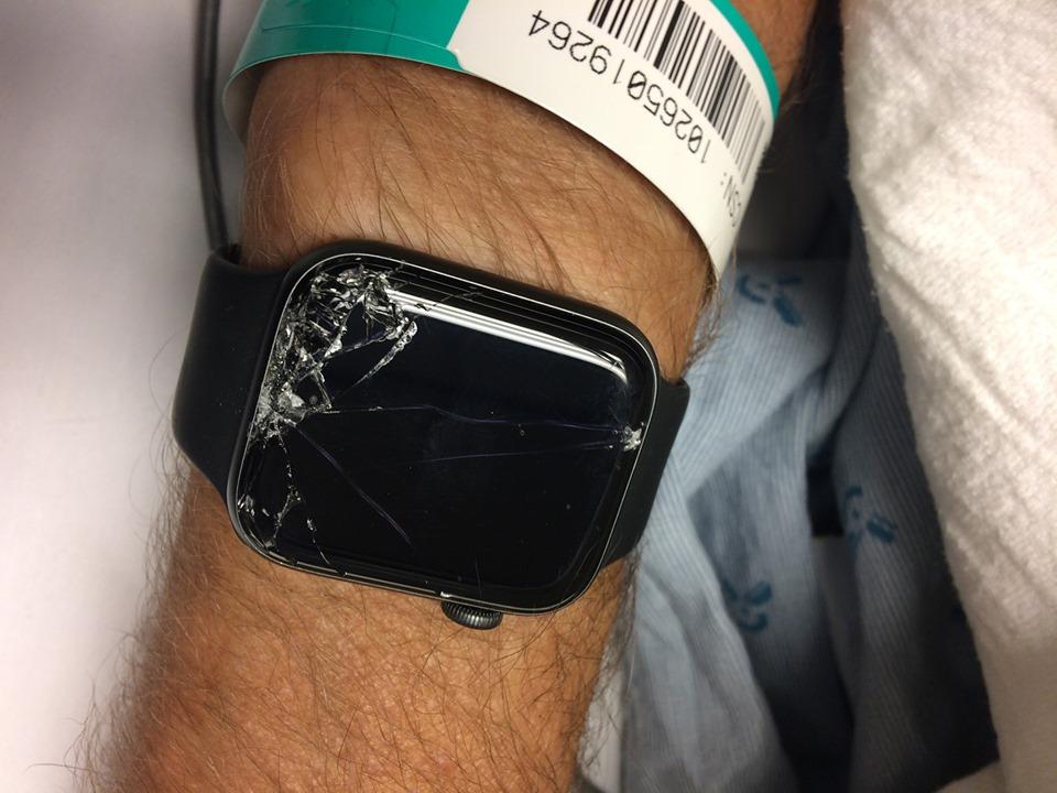 科技手錶救他一命!騎單車不小心在山上摔暈 手錶瞬間「察覺事情嚴重」做出超聰明舉動