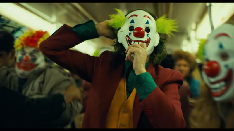 《小丑》導演被問「不怕會有人仿效嗎」超不爽 他嗆回:《捍衛任務》不也一樣嗎?