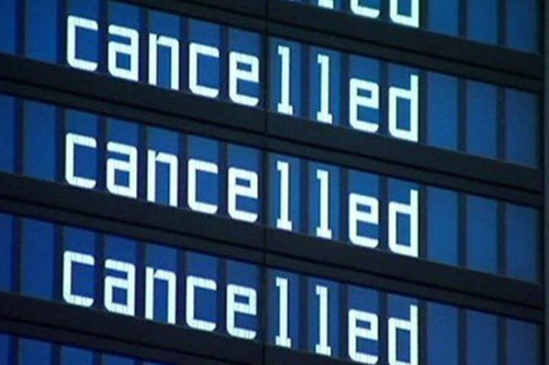 影/帥機師帶家人去度假…意外被迫「空等2小時」 他下秒「超英勇舉動」被乘客讚爆:是傳奇!