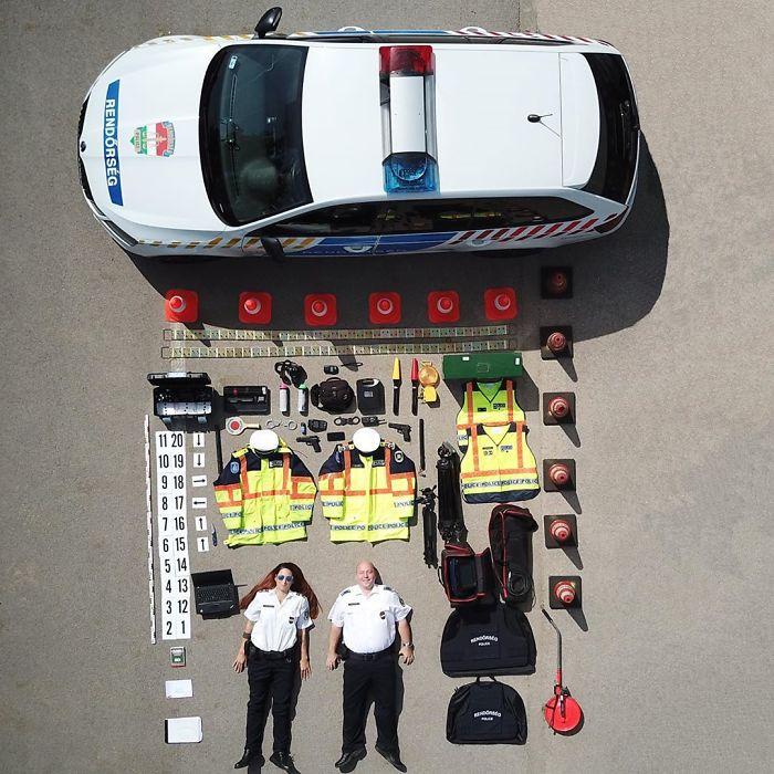 世界各地超可愛「縮小版救援隊」空拍圖 台灣的「警察北北」大叔變超萌!