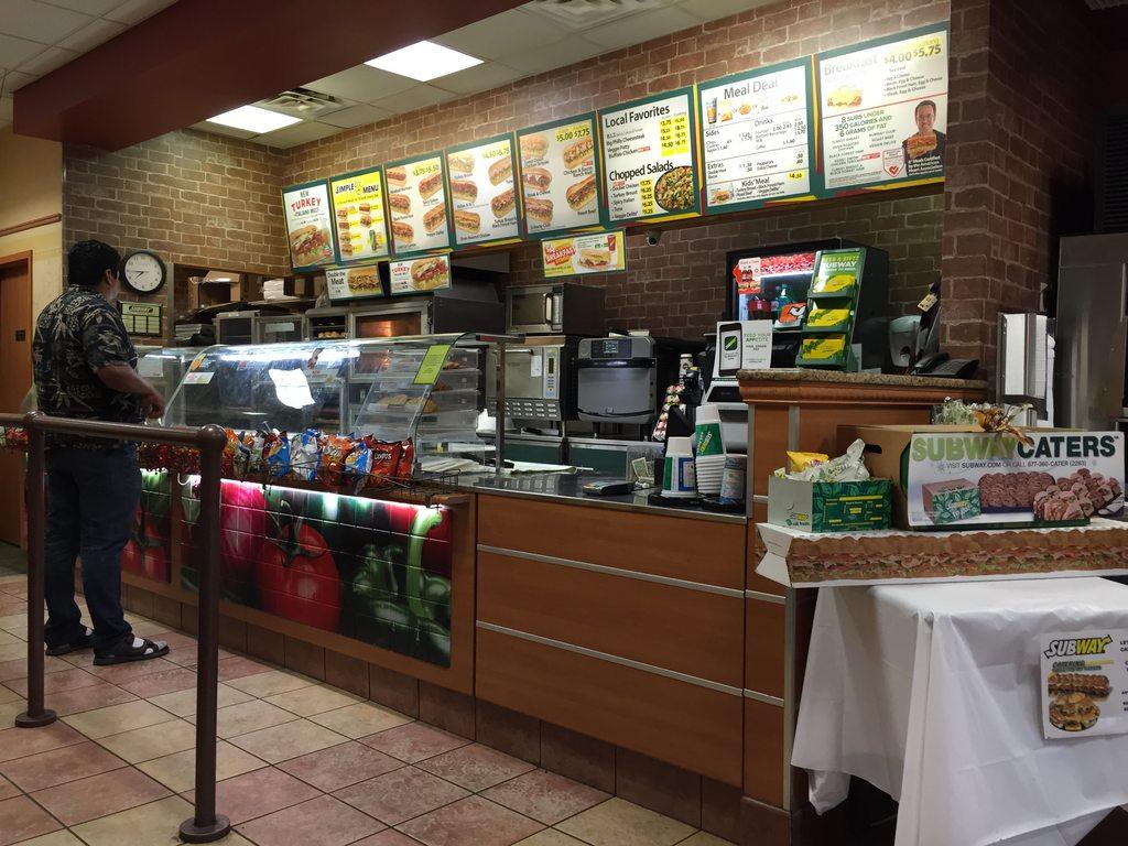 為什麽Subway生意不好?網友發問「好吃又不貴」怎麼沒人 神人揭露殘酷真相!