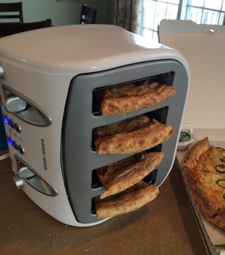 25個超普通生活用品的「駭客級使用法」 麵包機倒過來「烤披薩」!