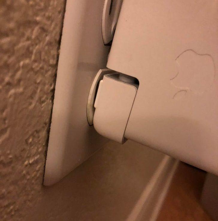 22件會毀掉整天的「超抓狂小事」 起床悲劇:充電器沒插好!
