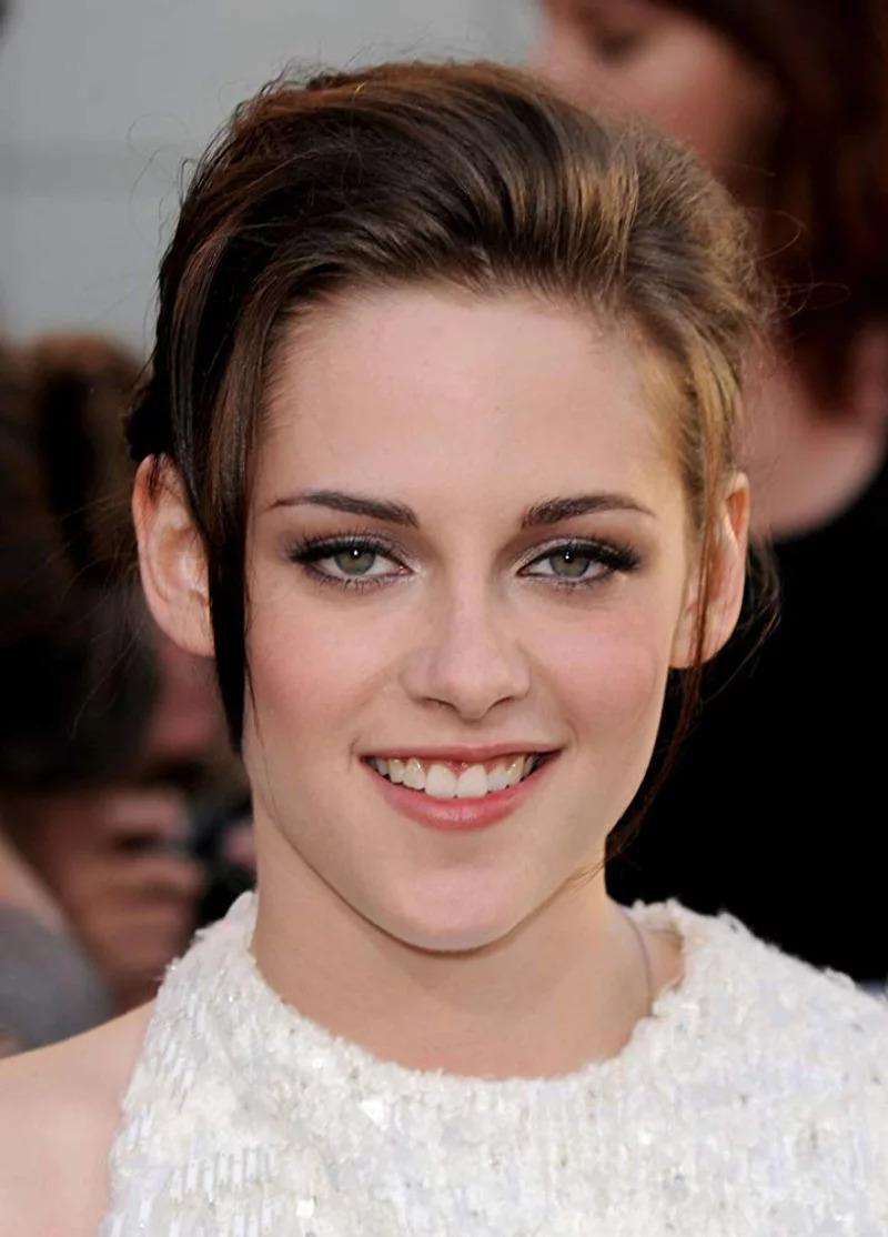 好萊塢最賺女星是誰?《富比士》公佈「10年來收入最高」女演員排名  裘莉、黑寡婦都輸給她