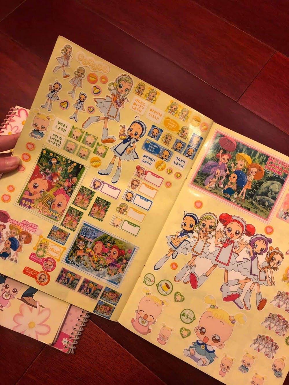 網友曬超懷舊「童年貼紙簿」意外引討論 粉絲必備「偶像人物貼」喊:56不能亡!
