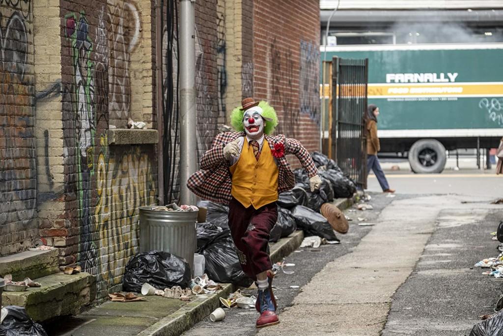 《小丑》太黑暗?電影院提醒家長「千萬別帶小孩來」:這片沒有蝙蝠俠!