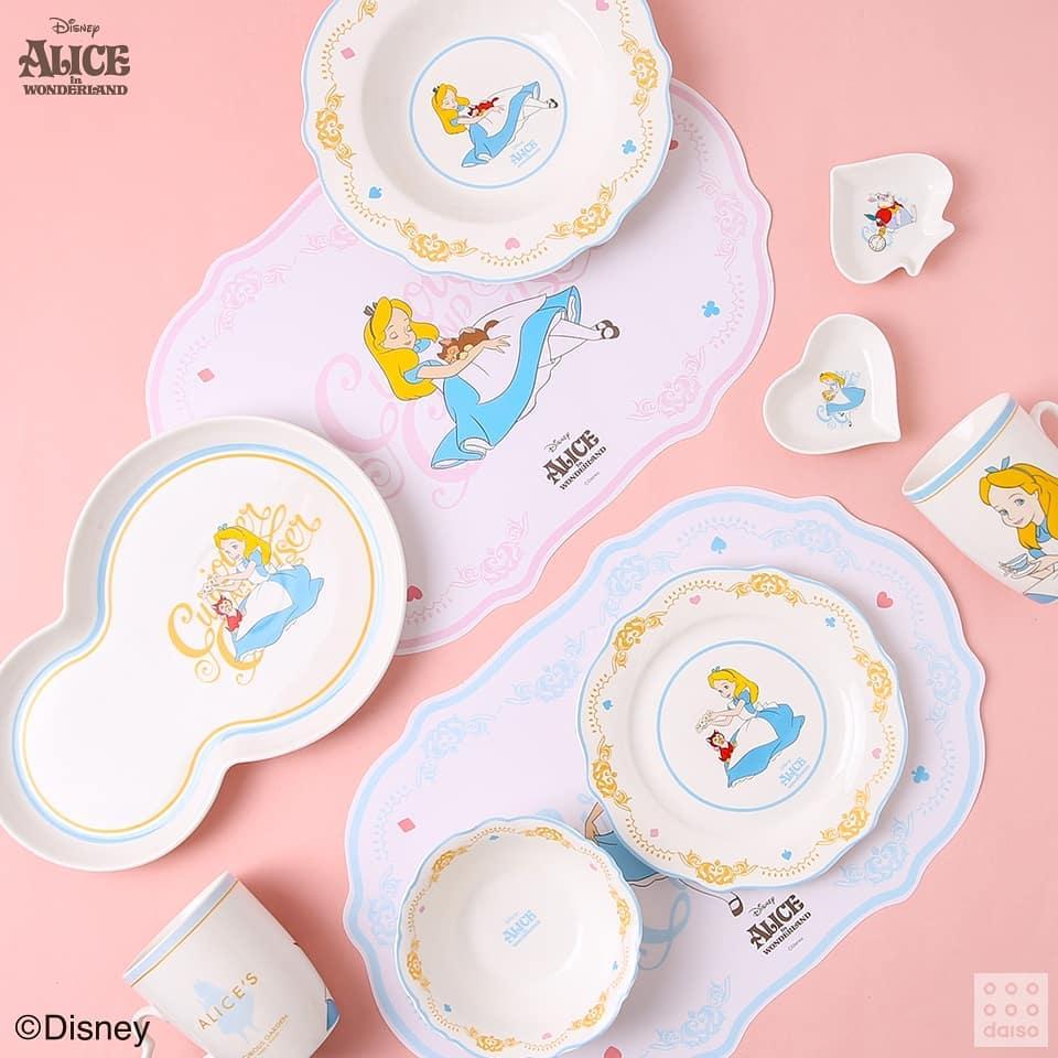 大創聯名迪士尼推《愛麗絲夢遊仙境》系列商品 上班族必備「夢幻大水壺」不到100元!