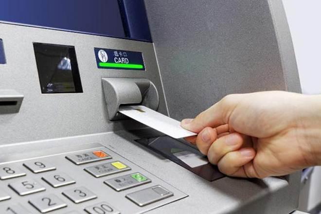 妹妹「接詐騙電話」操作ATM 下秒「超心酸回覆」直接把對方嚇跑!