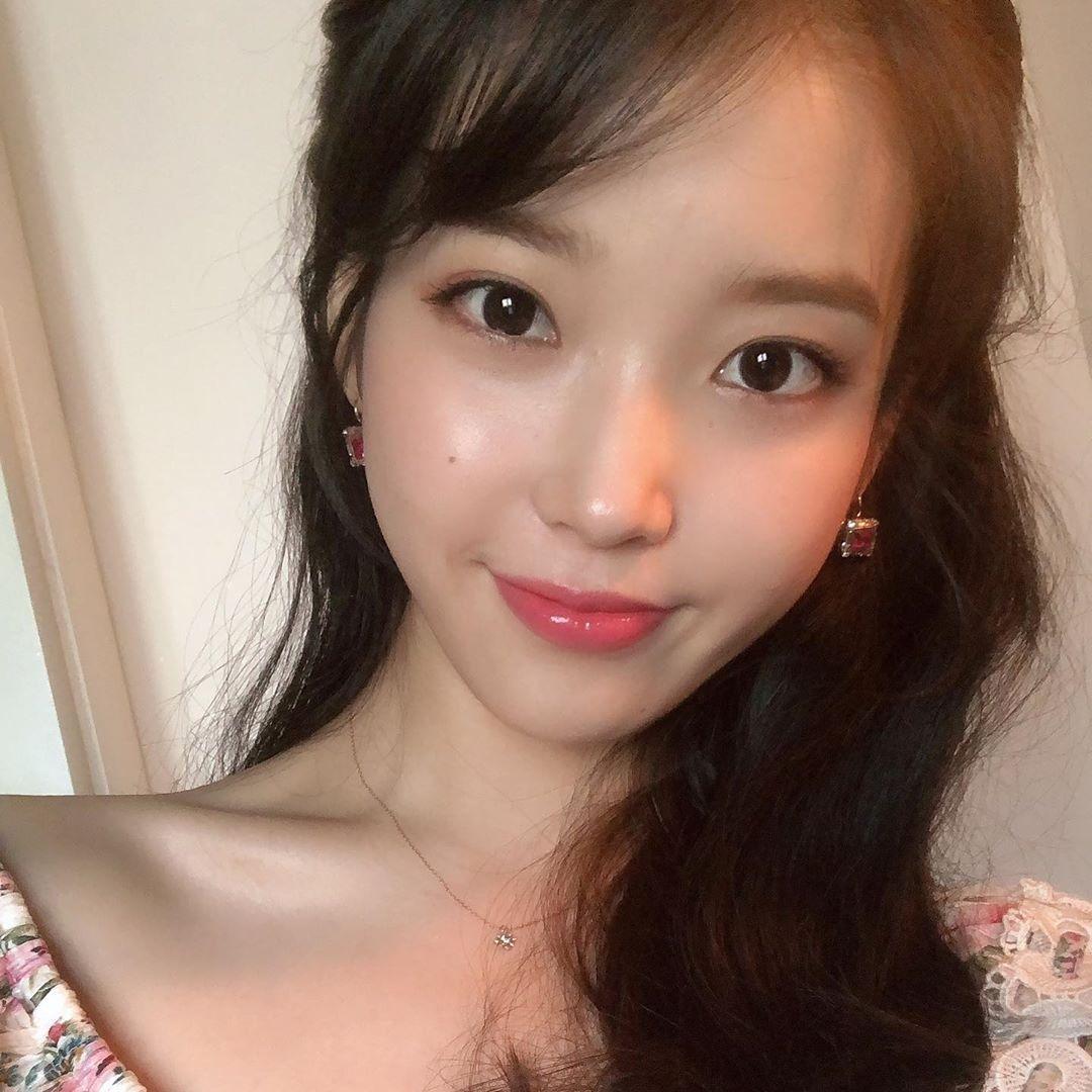 國民妹妹IU超愛吃「血淋淋食物」驚呆眾人 她坦承「特殊愛好」:因為以前過太苦...