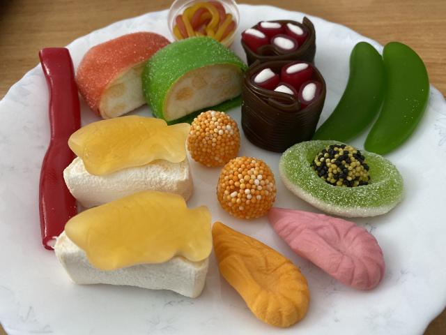 國外推9種「軟糖壽司」甜食控必收 神還原「玉子燒握壽司」連魚卵也不放過!
