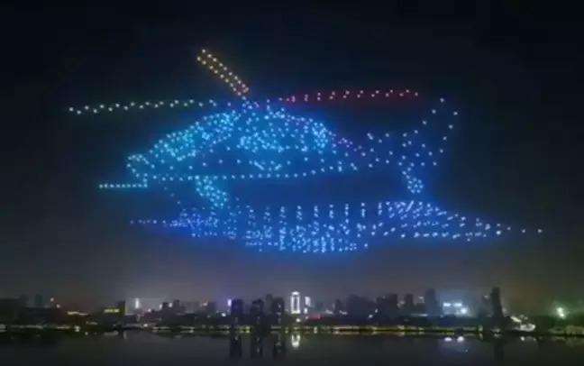 中國飛行大會「動用800無人機」掀序幕 空中上演「巨型動畫」畫面超震撼!