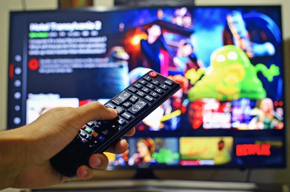 Netflix推出「省時新功能」給觀眾方便 眾導演卻暴怒痛罵:這是寵壞大家!