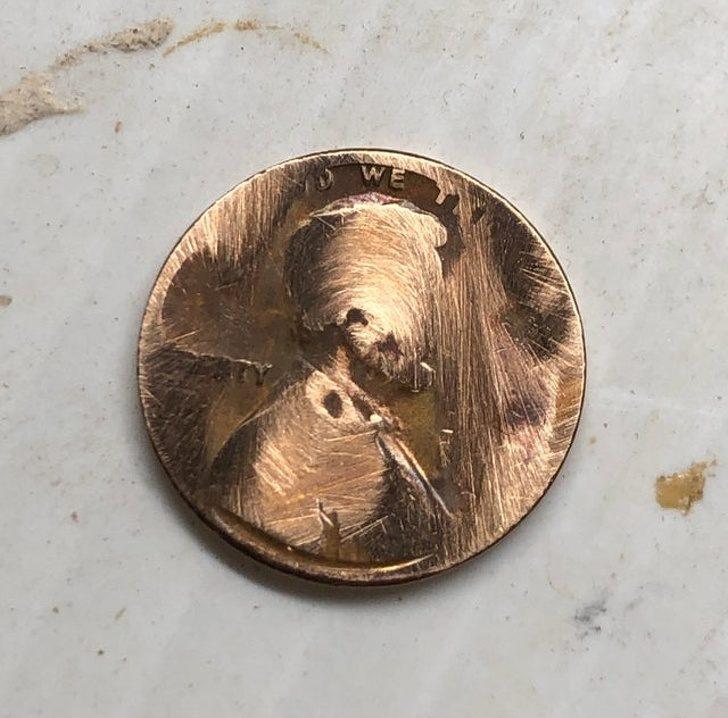 22個「被洗衣機害慘」的衰鬼級人類 忘記錢放口袋...卻意外發現「全是假鈔」!