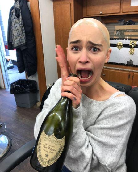 8個大明星「比酸民還愛開玩笑」的親民貼文 凱蒂佩芮「變身油漆刷」自嘲滿分