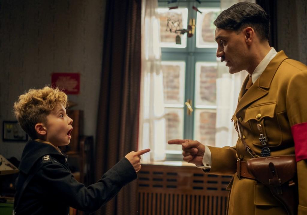 影評/《兔嘲男孩》12歲童星「首次演出」就入圍影帝!史嘉蕾「擺脫黑寡婦」狂飆金句