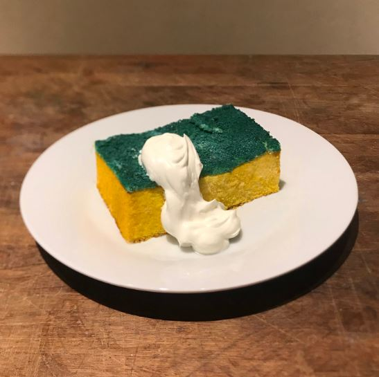 台灣也有賣!仿真度超高的「菜瓜布蛋糕」口味竟是超獵奇「地瓜葉」