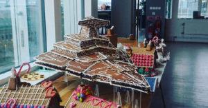 超強「星際大戰麵包店」推聖誕薑餅屋 巨型「滅星者號」星戰迷興奮尖叫!