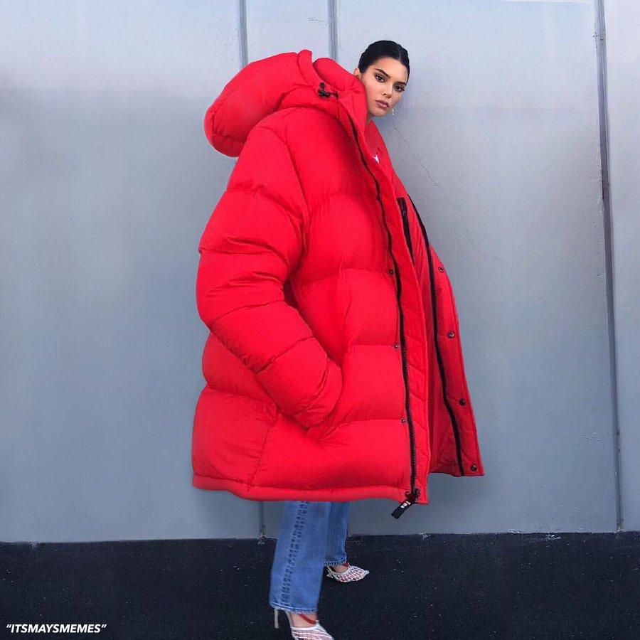 保暖必備!潮人都在穿「Oversize羽絨服」大氣又時尚:還能當被子