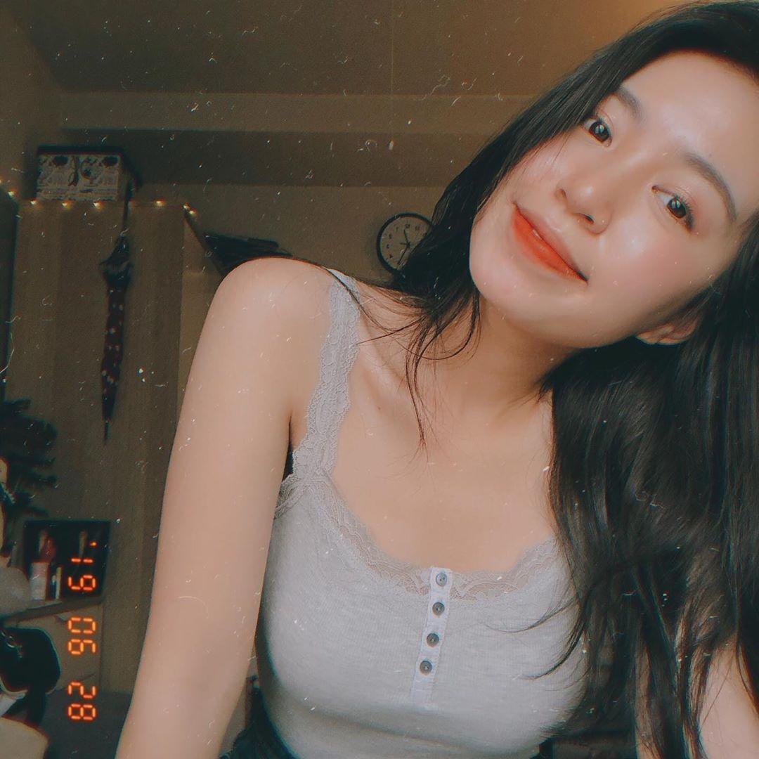 越南新垣結衣PTT爆紅!她的「甜美笑容」連警察都融化:犯罪還被送禮❤