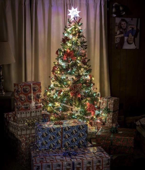 他買Switch給孩子當聖誕禮物 下秒店員「超暖舉動」被讚爆:真正的聖誕老人!