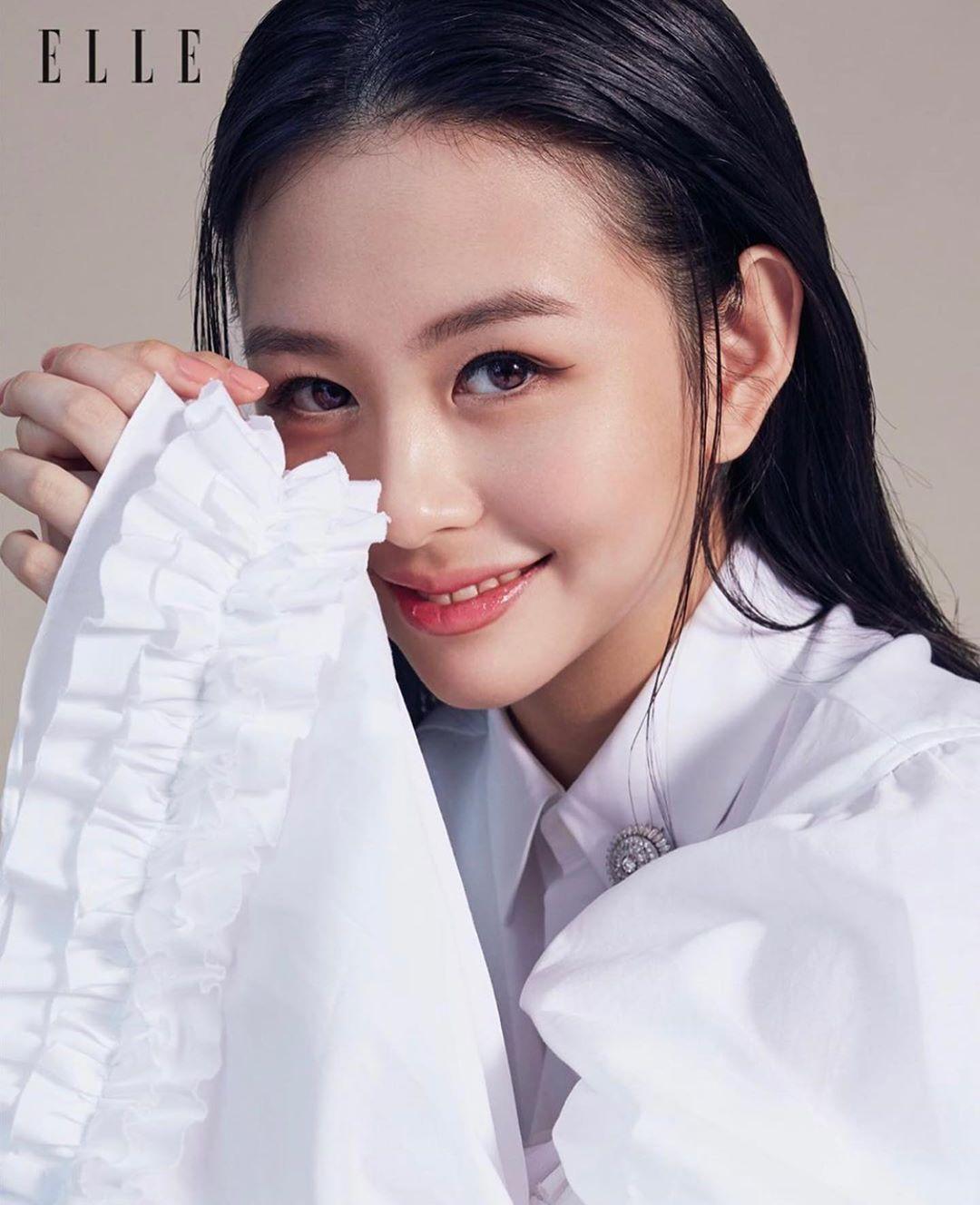 邱淑貞女兒登雜誌封面 遺傳「超強神顏」網驚呆:眼神跟媽媽完全一樣!