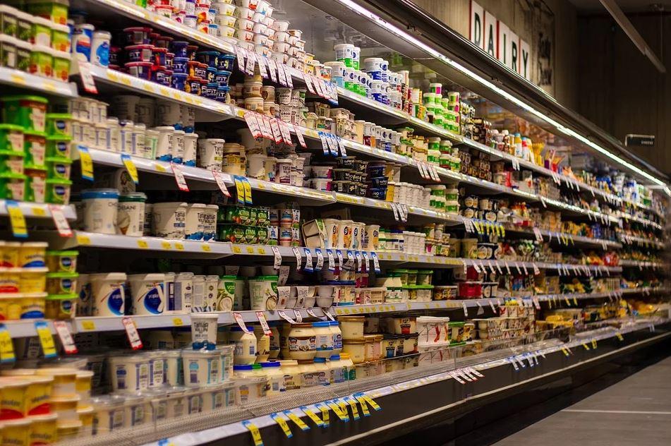 日配員狠批民眾「喜歡翻後面牛奶來買」惡習 不僅浪費司機還得倒貼!