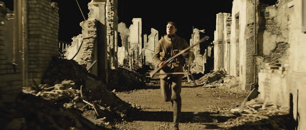 無雷影評/《1917》一鏡到底「藝術品級」拍攝法 連1.6公里壕溝都自己挖!