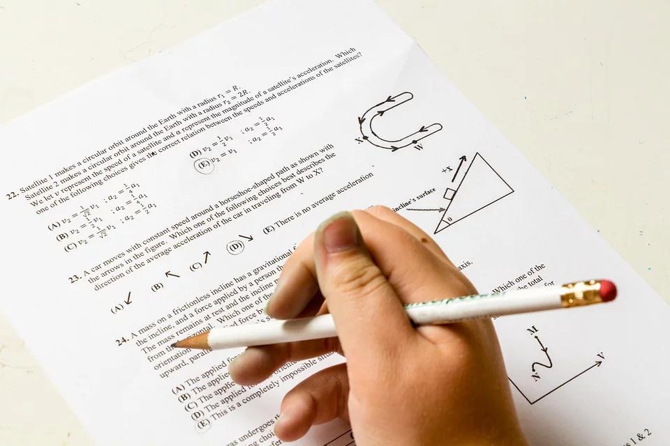 孩子「功課太多」沒時間跟家人相處 小學推「無作業日」拯救親子關係!