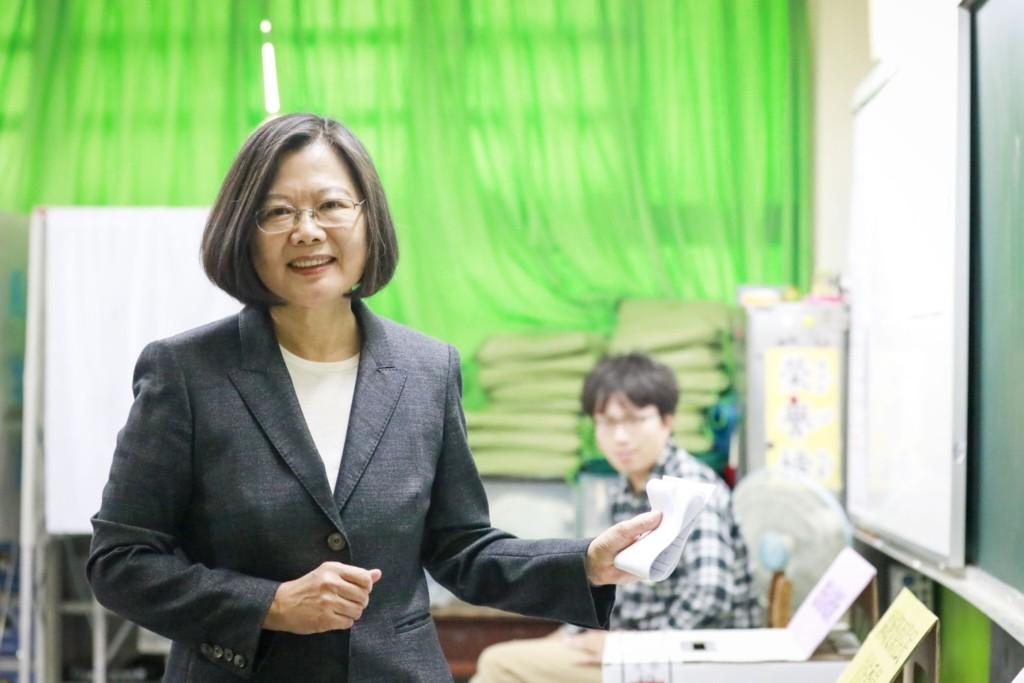 快訊/蔡英文成功連任!得票數「破800萬」成史上票數最高總統