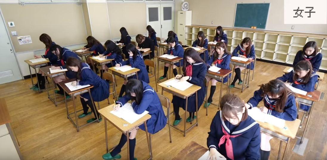影/日網紅實測「和比基尼辣妹」一起考試 公開「最終分數」結果超意外!