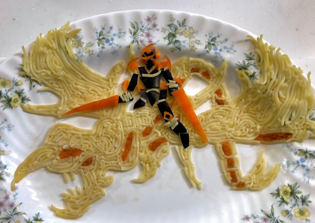 神人用食物做出「遊戲王卡」比原版還猛 歐西里斯炒飯龍好帥!