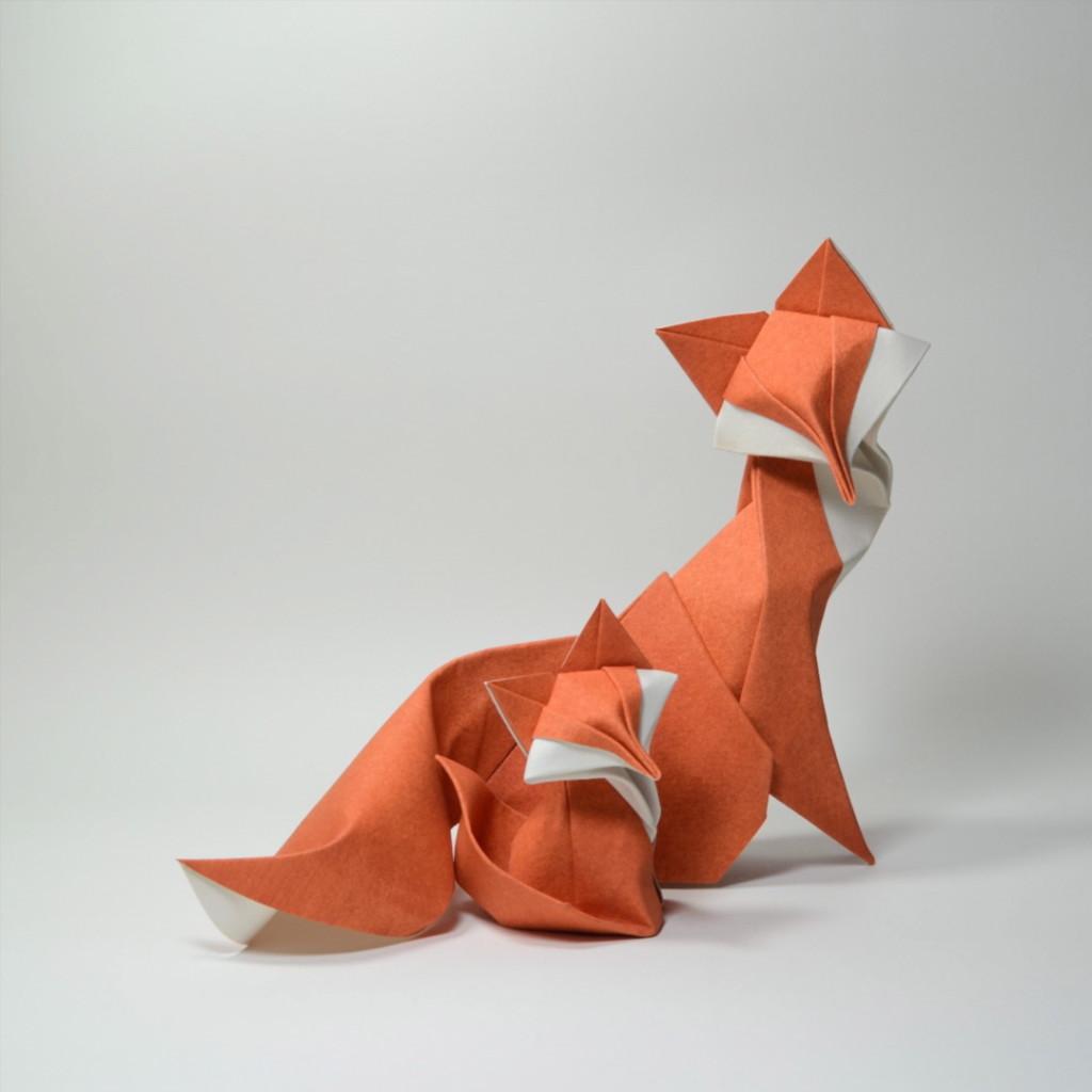 摺紙藝術家讓「紙製動物活起來」 網讚翻:一關燈就變動物園!
