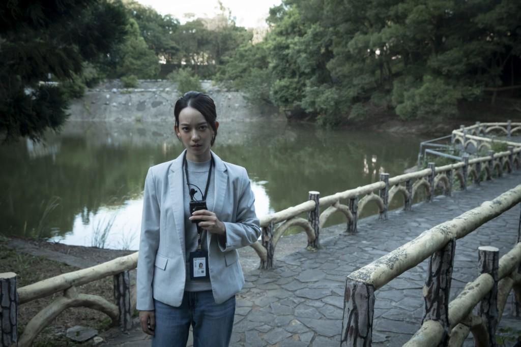 無雷/《女鬼橋》改編台灣最恐怖「校園靈異傳說」 數樓梯「多了一階」你敢回頭嗎?