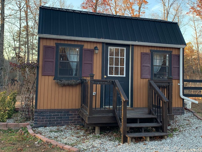 他家砸千萬打造「私人小村莊」一人一間房 分開住感情反而更好!