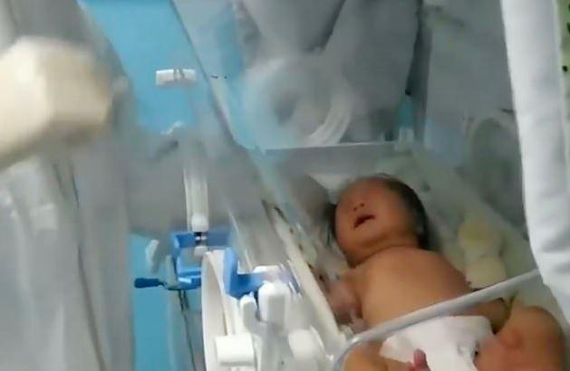 出生就確診武肺!女嬰「17天後出院」完全沒用抗生素「胸部X光」正常