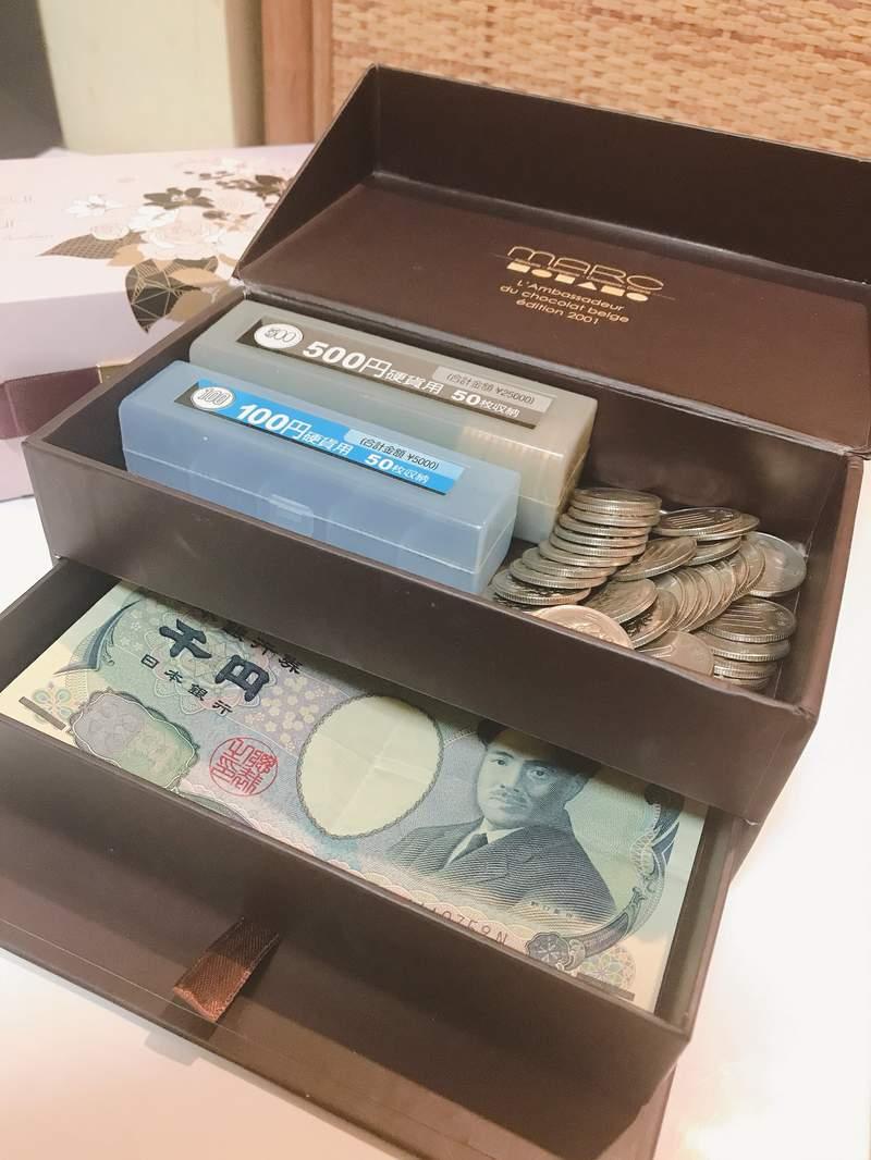 神人把「廢棄空盒→超精緻收銀機」 完美尺寸「零錢、鈔票」都可放!